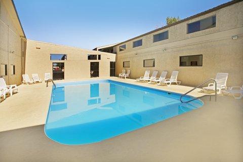 Americas Best Value Inn Grand Junction - Pool Area