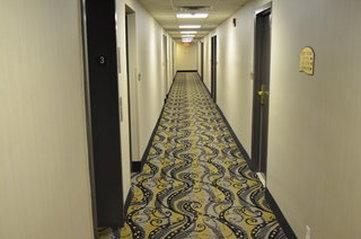 Detroit Regency Hotel - Rsz Hallway