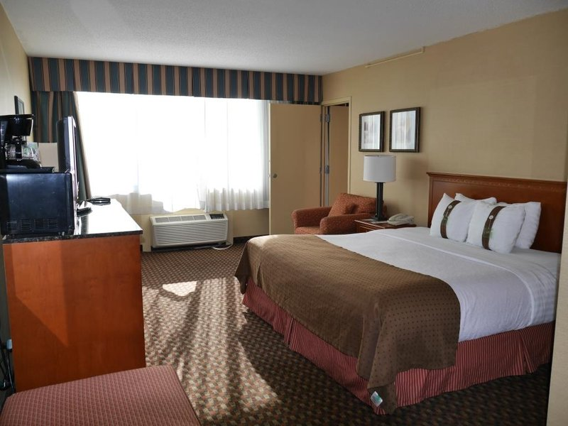 Holiday Inn LINCOLN-DOWNTOWN - Lincoln, NE