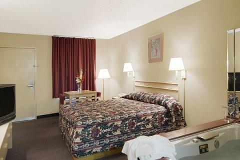 Americas Best Value Inn Gainesville - Jacuzzi Room