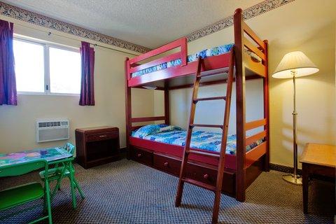 Americas Best Value Astoria Inn and Suites - Kids Room