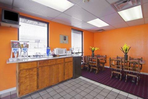 Americas Best Value Inn West Memphis - Lobby