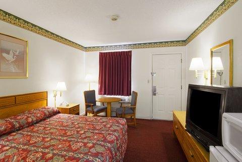 Americas Best Value Inn West Memphis - Queen Room