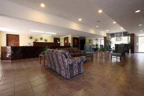 Americas Best Value Inn Crossett - Lobby Area