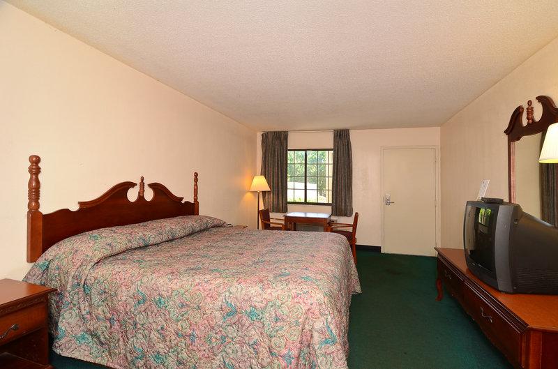 Americas Best Value Inn - Hermitage, TN