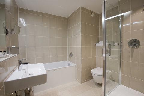 Sandford Springs Hotel - Bathroomone