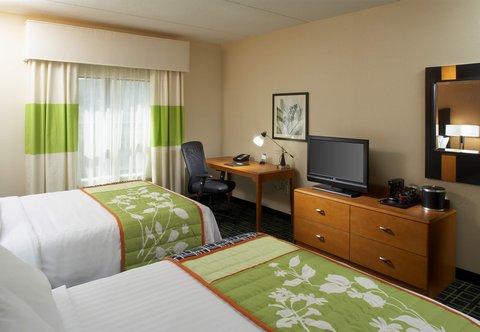 Fairfield Inn & Suites Cumberland - Queen Queen Guest Room