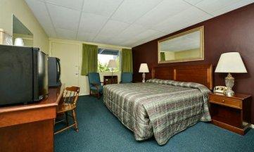 Bar Harbor Villager Motel - Guestroom
