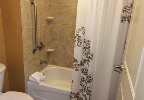 Residence Inn Sandestin at Grand Boulevard - Suite Bathroom