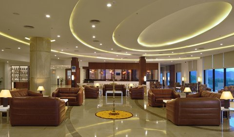 Fortune Select Grand Ridge - Lobby