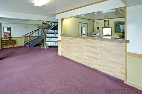 Americas Best Value Inn Cambridge - Lobby