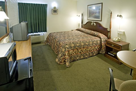 Americas Best Value Inn Cambridge - Standard One King