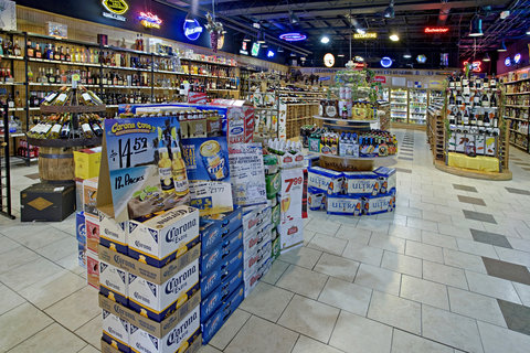 Americas Best Value Inn Cambridge - Best Wine and Spirits Store