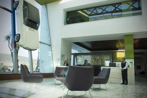 Holiday Inn QUERETARO ZONA KRYSTAL - Reception at the Lobby