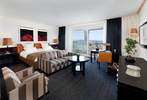 Hotel Majestic Barriere - Junior Suite with Terrace