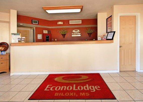 Econo Lodge Keesler Afb - Biloxi, MS