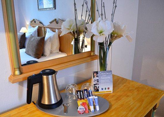Quality Hotel Malesherbes - St Augustin Gastronomy