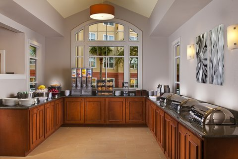 Residence Inn Sandestin at Grand Boulevard - Breakfast Buffet