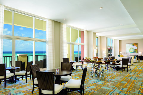 The Ritz-Carlton, Aruba - Club Lounge Overview