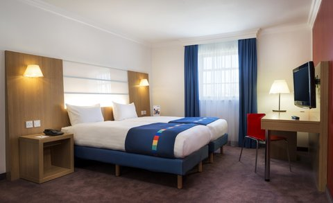 Park Inn Thurrock - guest room