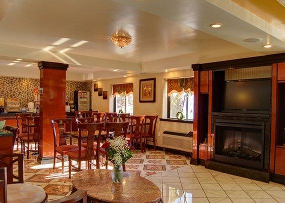 Comfort Inn Vernon - Vernon Rockville, CT
