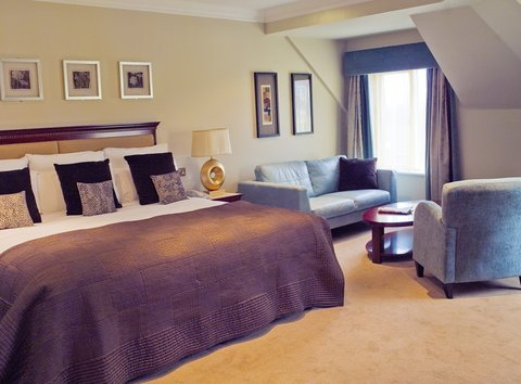 Bunratty Castle Hotel - Guest room