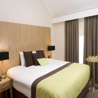 Skeffington Arms Hotel - Guest room