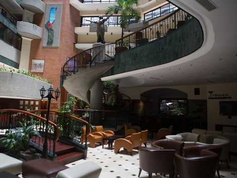 Embassy Suites by Hilton Caracas - Lobby interior