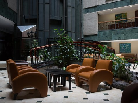 Embassy Suites by Hilton Caracas - Lobby Seating