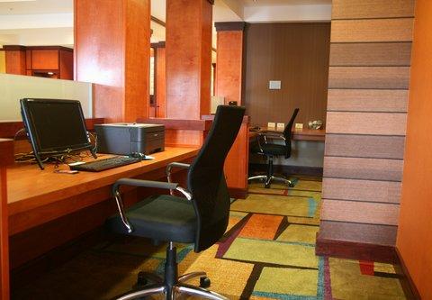 Fairfield Inn & Suites Birmingham Fultondale/I-65 - Business Center