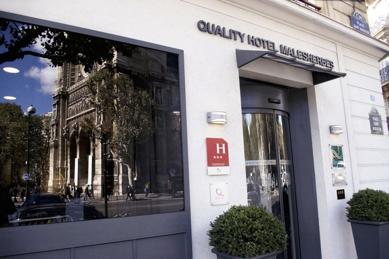Quality Hotel Malesherbes - St Augustin Exterior view