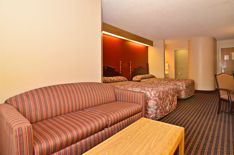 Americas Best Value Inn And Suites - Lees Summit, MO