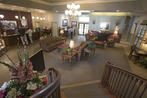 河緣度假酒店 - Lobby View