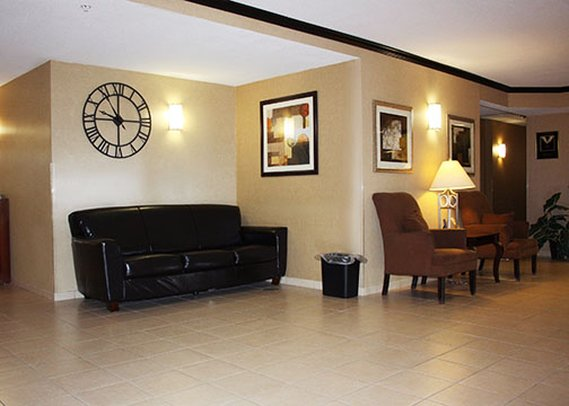 Suburban Extended Stay - Coralville, IA