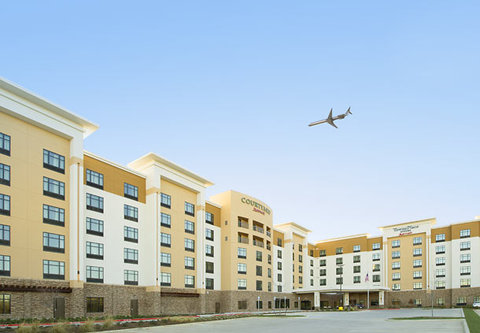 Courtyard by Marriott Dallas DFW Airport North/Grapevine - Entrance