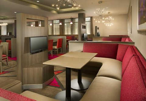 Courtyard by Marriott Dallas DFW Airport North/Grapevine - Media Pods