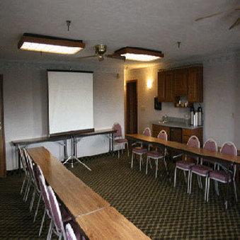 Best Western Grandvillage Inn - Grandville, MI