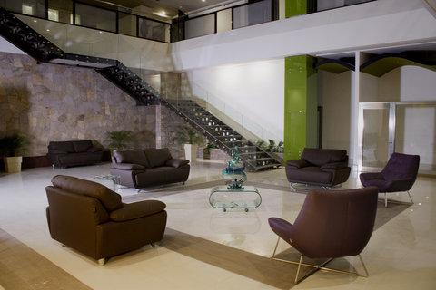Holiday Inn QUERETARO ZONA KRYSTAL - Guest Lounge