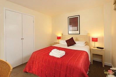 萨科诺丁汉罗普沃酒店 - SACO Nottingham - bedroom