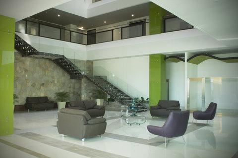 Holiday Inn QUERETARO ZONA KRYSTAL - Entrance