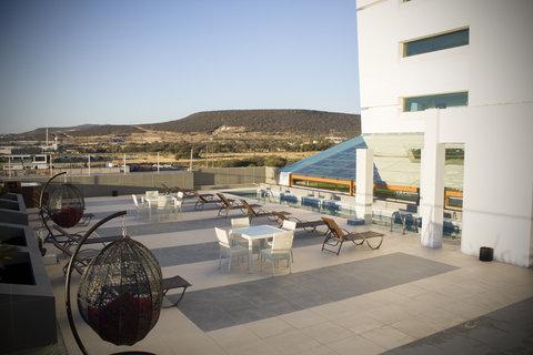 Holiday Inn QUERETARO ZONA KRYSTAL - Scenery   Landscape