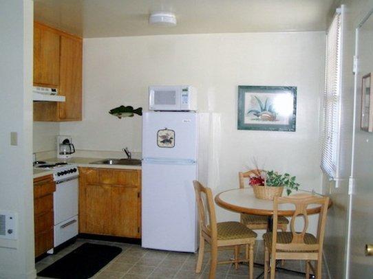The Mallard House Inn - Lakeport, CA