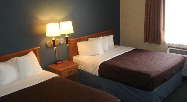 Americ Inn - Sturgeon Bay, WI
