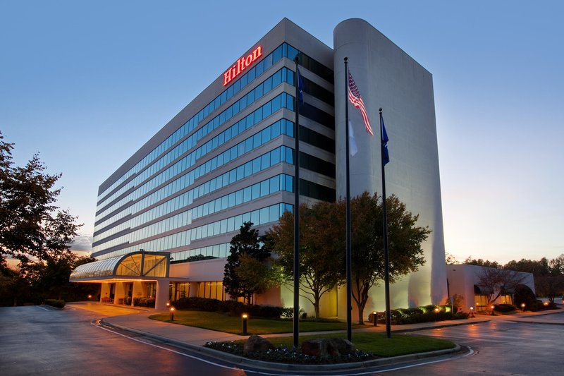 HILTON GREENVILLE AND TOWERS