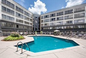 Pool - DoubleTree by Hilton Hotel Columbus