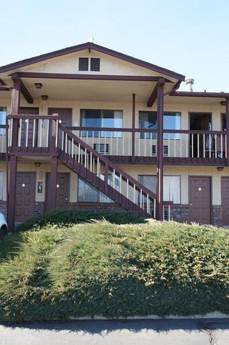 Cedars Inn - Ellensburg, WA