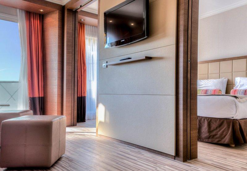 AC Hotel Ambassadeur Zimmeransicht