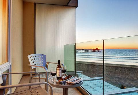 Pier South Resort, Autograph Collection - Suite Balcony