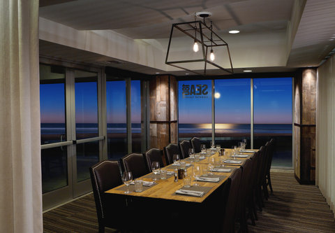 Pier South Resort, Autograph Collection - SEA 180 - Private Dining