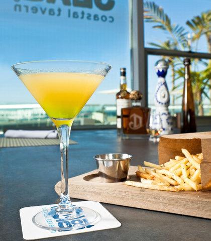Pier South Resort, Autograph Collection - Signature Cocktails